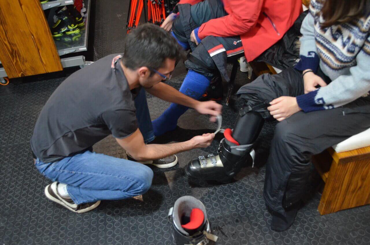 Iznajmljivanje ski opreme