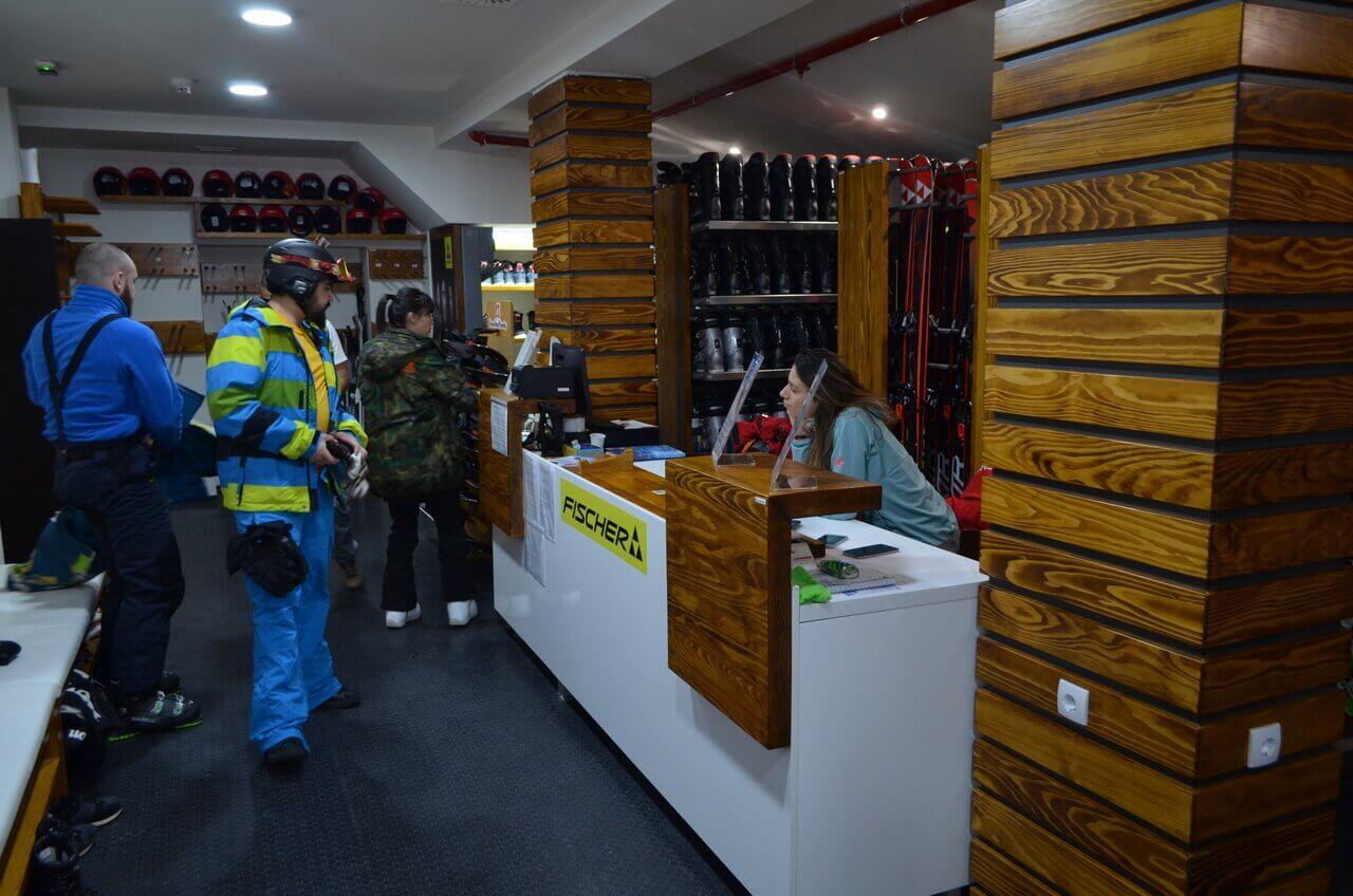 Iznajmljivanje komplet ski opreme